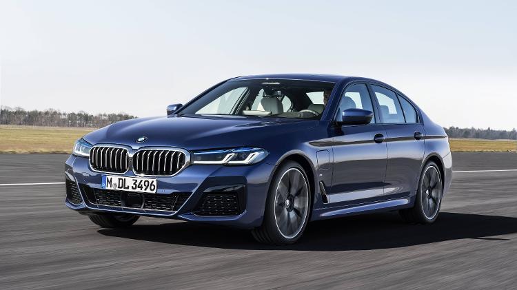 A BMW apresenta as novas séries Gran Turismo 5 e 6; O X2 recebe uma versão híbrida