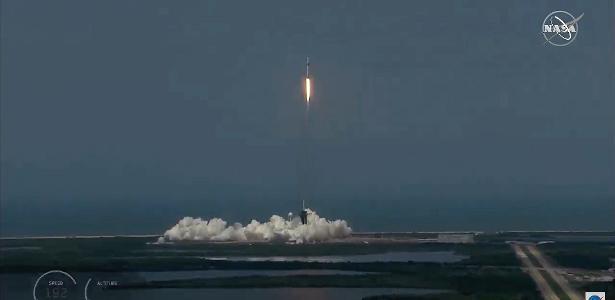 Nova fase na corrida espacial: SpaceX e foguete da NASA com astronautas - 30.05.2020