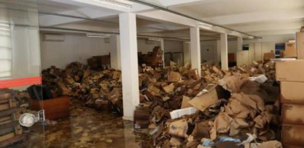 A Cinemateca, para a qual Bolsonaro deseja enviar Regina Duarte, teve neste ano 113.000 DVDs danificados pela enchente - 21.5.2020.