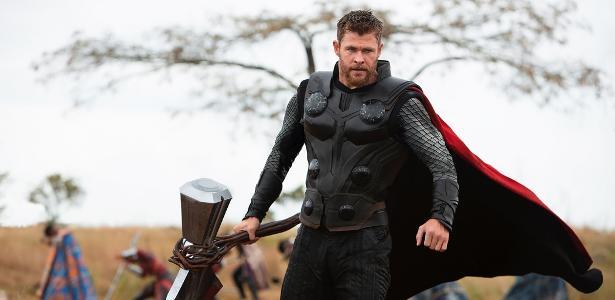 O ator chama a vítima de um ataque terrorista na estréia do filme
