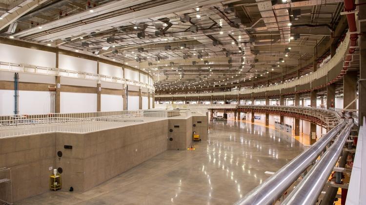 veja como é o maior acelerador de partículas do Brasil