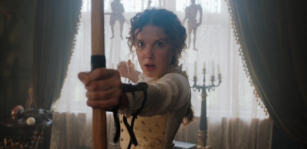 Netflix divulga as primeiras fotos de Millie Bobby Brown como irmã de Sherlock Holmes