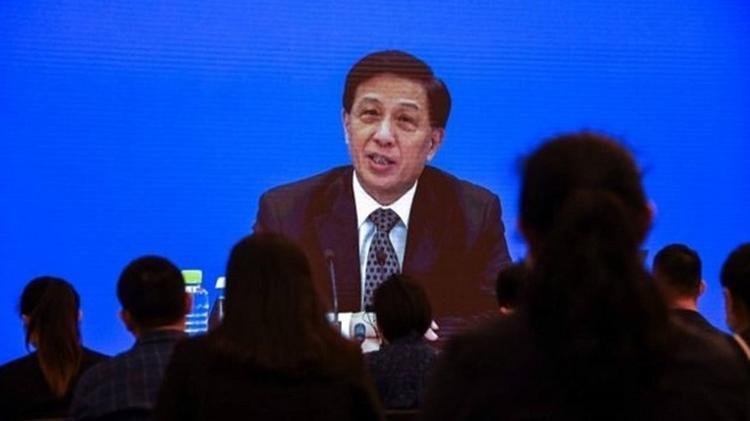 Zhang Yesui, porta-voz do Congresso Nacional do Povo, em sessão - AFP - AFP