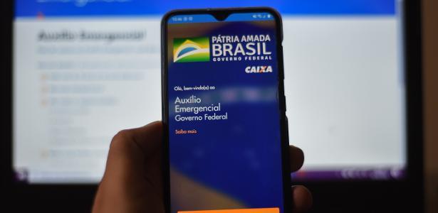 Bolsonaro diz que deve haver mais três refeições de US $ 500, US $ 400 e US $ 300