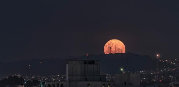 Qual é a origem da lua? A quantidade de metal do satélite pode trazer a resposta - 7/3/2020