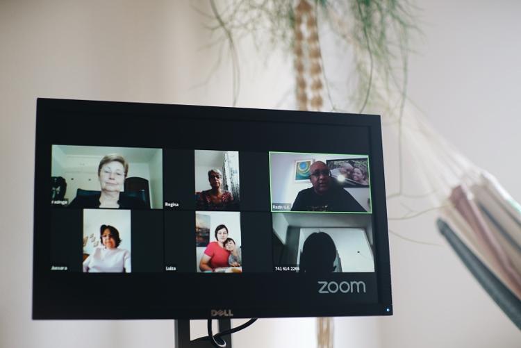 Grupo Espírita Razin realiza videoconferências semanais para estudos do evangelho e pretende criar seu próprio aplicativo - André Nery / UOL - André Nery / UOL