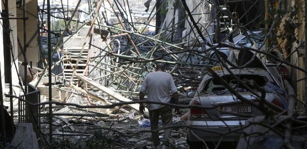 Quase metade da cidade foi destruída ou danificada, diz o governador