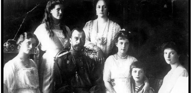 O longo processo de identificação do último Romanov (e o interesse de Putin na dinastia)